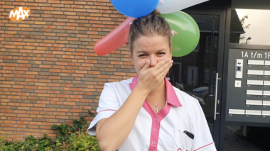 Eline verrast cliënt op haar verjaardag