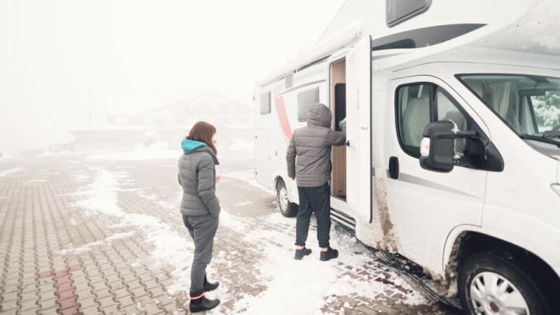 camper winter