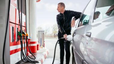 Benzineprijs historisch laag, hamsteren dan maar?