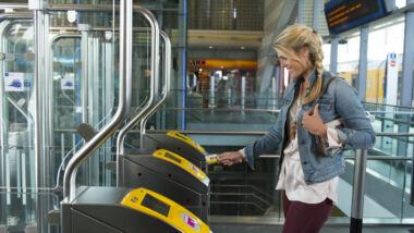 NS schrapt ticketbalies op treinstations